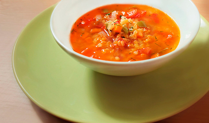 Суп с красной чечевицей и перцем чили