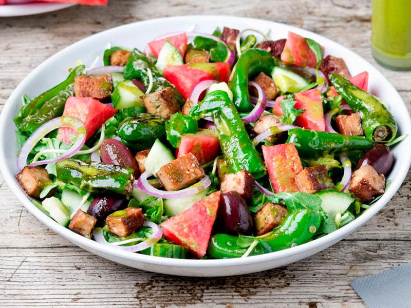 salat-iz-arbuza-thumb