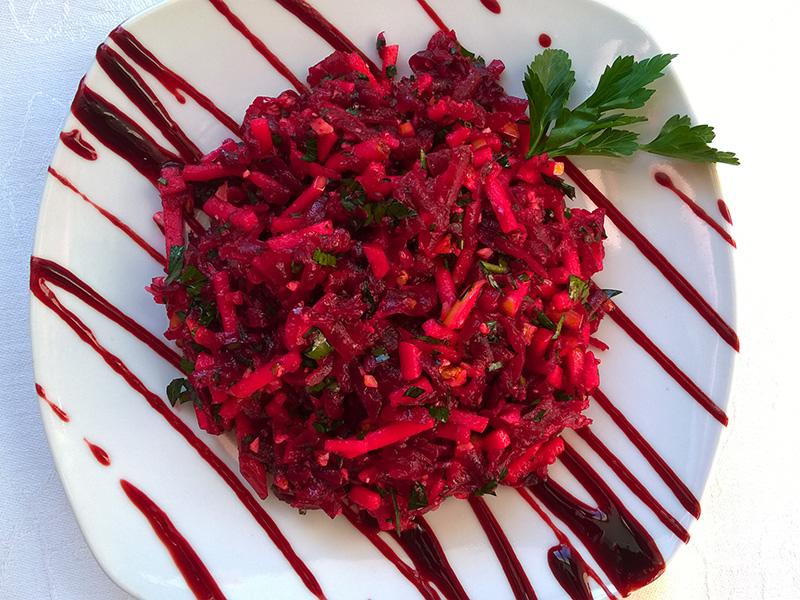 salat-iz-svekly-s-yablokom-thumb